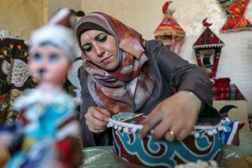 Aide américaine Mieux vaut tard que jamais, disent des réfugiés palestiniens )