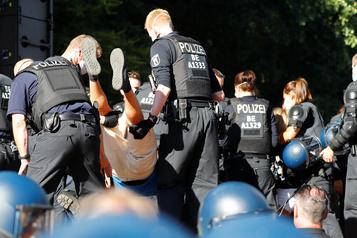 Manifestations à Berlinsamedi: 45 policiers blessés)