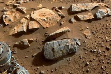 Mars Les échantillons de roche prélevés sont probablement volcaniques)
