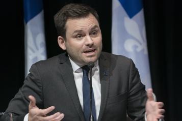 Troisième lien Québec-Lévis Un vote pour le Bloc n'est pas un vote pour le projet, dit St-Pierre Plamondon )