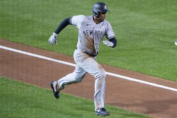 Les Blue Jays humiliés par 12-1 par les Yankees)