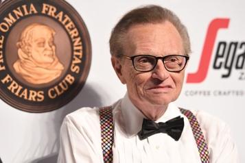 L'animateur Larry King s'éteint à l'âge de 87ans)