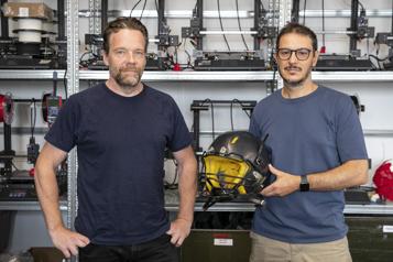 PME Innovation  Pour la NFL, un casque de football qui aura de l'impact )