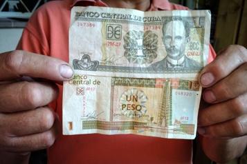 Cuba La fusion des monnaies fait augmenter les tarifs et les salaires)