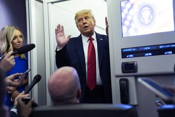 Trump reprend ses rassemblements au lendemain du dernier débat)