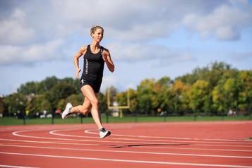 Rose-Marie Jarry: la chefpâtissière qui vise lessommets mondiaux d'athlétisme