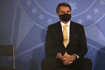Diffusion par la justice du Brésil d'une vidéo truffée de dérapages de Bolsonaro)