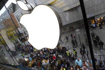Apple réduit sa commission pour certaines applications)