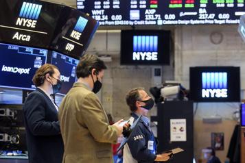 Les Bourses nord-américaines finissent dans le vert, record pour le DowJones)