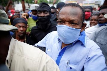 La FIFA suspend un dirigeant haïtien)