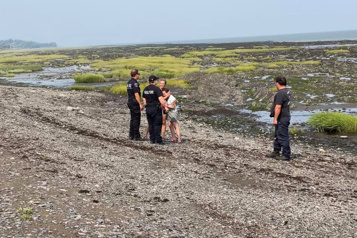 L'Isle-aux-Coudres Une mère et sa fille sauvées de la noyade par un couple de musiciens)