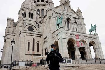 Nice La France encaisse le choc au lendemain de l'attentat)