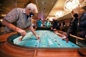 Las Vegas rouvre ses casinos)
