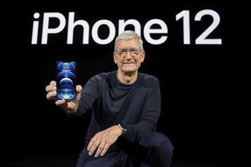Apple redevient numéro un mondial des ventes de téléphones)