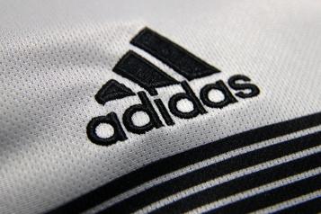 Adidas et Puma rejoignent le boycott contre Facebook)