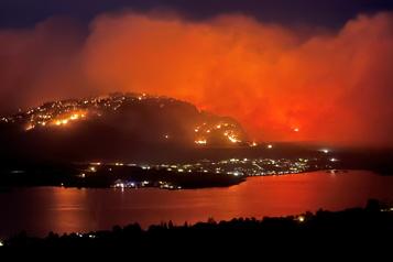 Incendies de forêt La Colombie-Britannique déclare l'état d'urgence)
