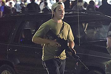 Deux manifestants antiracistes tués au Wisconsin L'adolescent accusé est libéré sous caution)