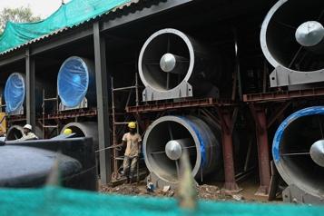 Des ventilateurs géants pour améliorer l'air de Delhi, les experts sceptiques)
