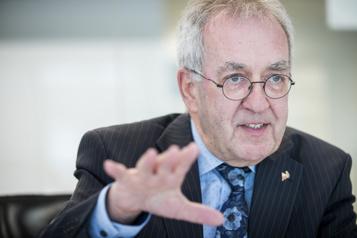 Réforme de la loi101  Québec «va trop loin», selon le Collège desmédecins)
