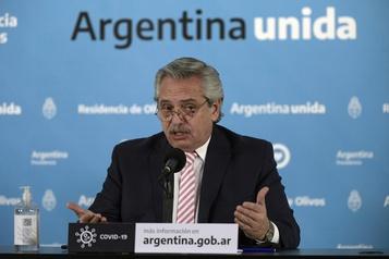 Argentine et Mexique produiront le vaccin d'AstraZeneca pour l'Amérique latine)