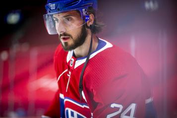 Blessé contre les Maple Leafs Phillip Danault rentre à Montréal)