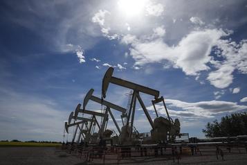 Le pétrole monte dans l'espoir d'un compromis sur le plan de relance américain)