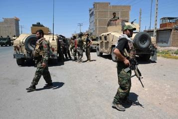 Le Pakistan appelle les Afghans et les talibans au compromis pour faire cesser la violence)