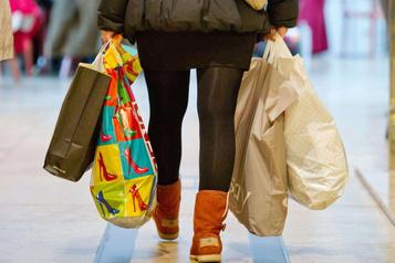 États-Unis: l'industrie et la consommation encore divergentes?