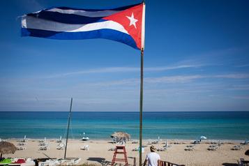 Cuba lance son déconfinement avant d'ouvrir prudemment au tourisme)