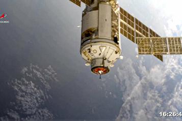 Quinze ans en retard Le module russe Nauka s'est amarré à la Station spatiale internationale)