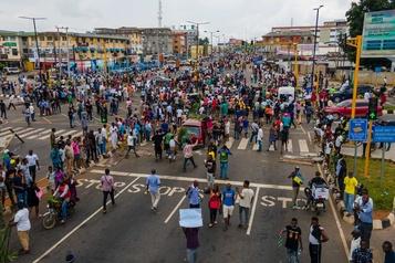 Nigeria Les manifestations dégénèrent, couvre-feu de 24heures à Lagos)