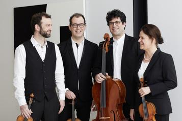 Le Quatuor Molinari interprète LudovicoEinaudi)