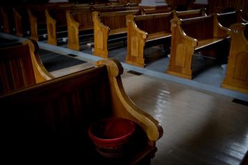 Un «prêtre techno» dit lamesse en ligne