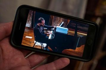 Concert de 20heures pour le pianiste Igor Levit )