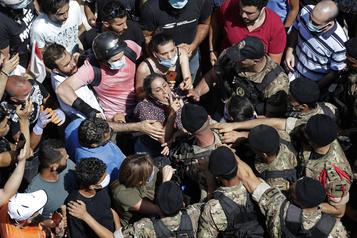Beyrouth: après le choc, la colère)