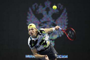 Tournoi de Saint-Pétersbourg Shapovalov et Raonic éliminés en demi-finales)
