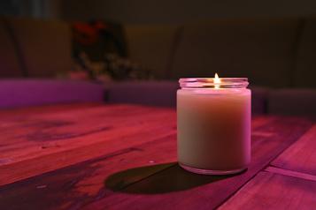 Lumière sur les bougies)
