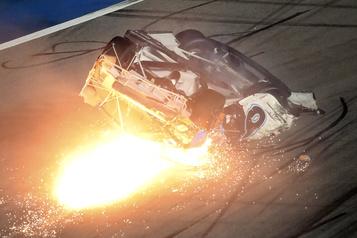 Denny Hamlin remporte le Daytona500, Ryan Newman hospitalisé