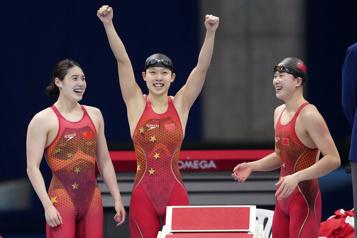 Les Chinoises championnes olympiques du 4 x 200m, les Canadiennes en 4eplace)