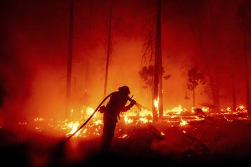 La fumée des incendies américains jusqu'en Europe)