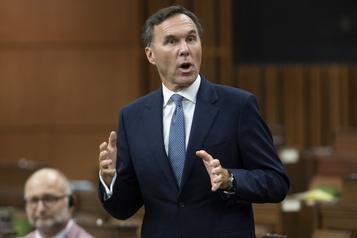 Trudeau veut faire taire les rumeurs sur un renvoi de Morneau)