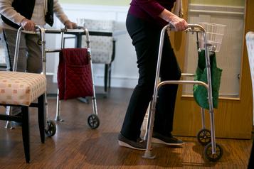 L'IRIS recommande d'instaurer une DPJ pour les aînés)