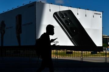 Téléphones intelligents La pénurie de composants pénalise les ventes)