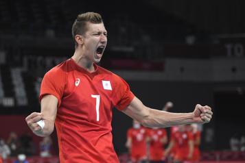 Volleyball Les Russes défont à nouveau les Canadiens)