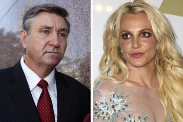 Britney Spears ne veut plus être sous tutelle de son père)