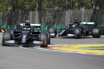 Grand Prix d'Émilie-Romagne  Mercedes domine les essais libres)