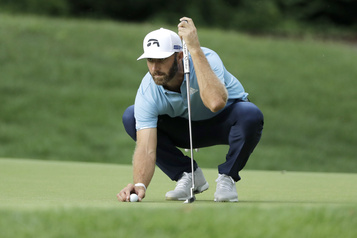 Dustin Johnson remporte le Championnat Travelers)