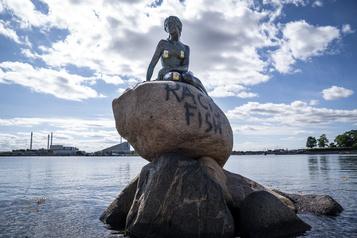 La Petite Sirène de Copenhague vandalisée)