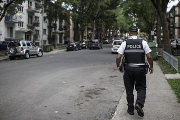 Livre vert sur la réalité policière  Le SPVM propose une réforme enprofondeur )