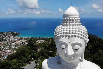 Thaïlande Malgré le virus qui sévit, Phuket rouvre aux touristes internationaux)
